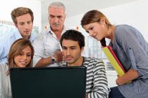 Da li bi učenici i profesori trebalo da budu online prijatelji?