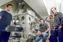 Otkrivene čestice sa osobinama materije i antimaterije