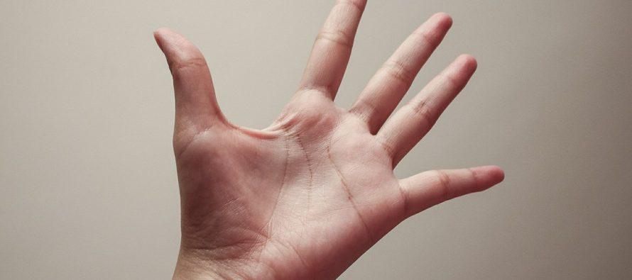 Čudan metod mršavljenja: Jedite nedominantnom rukom