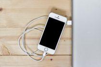 Koliko struje troši uključen punjač za telefon?