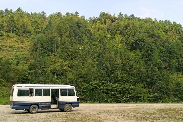 bus-1028169_640