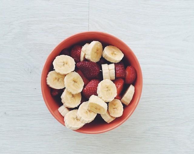 banane i jagode