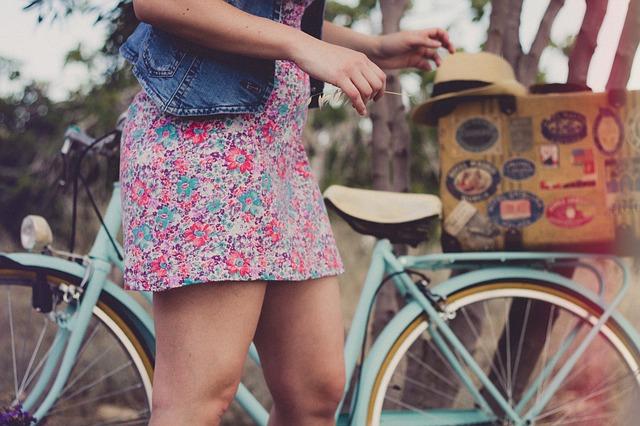 devojka bicikl