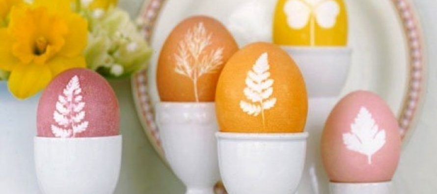 Ofarbajte jaja prirodnim bojama