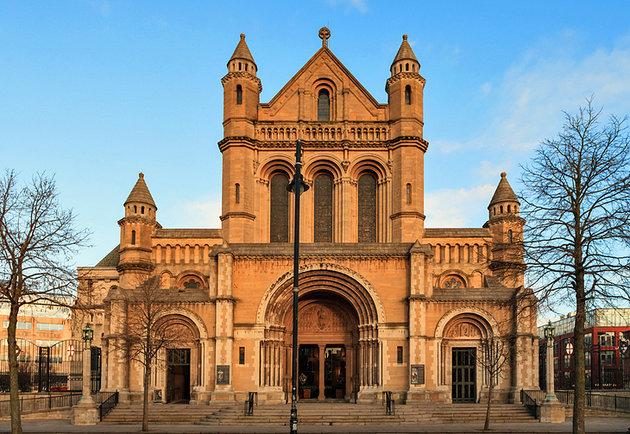 Katedrala Svete Ane