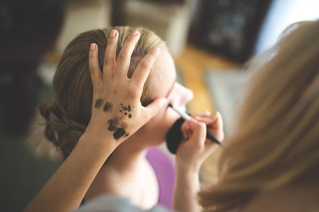sminkanje make up