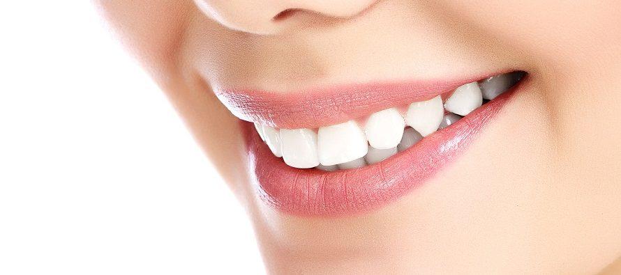 Izbelite zube na prirodan način