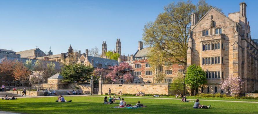 Na današnji dan osnovan je Univerzitet Jejl
