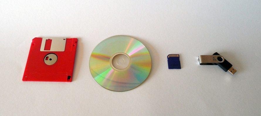 """Napravljen """"večiti"""" disk koji čuva podatke 100.000 godina"""