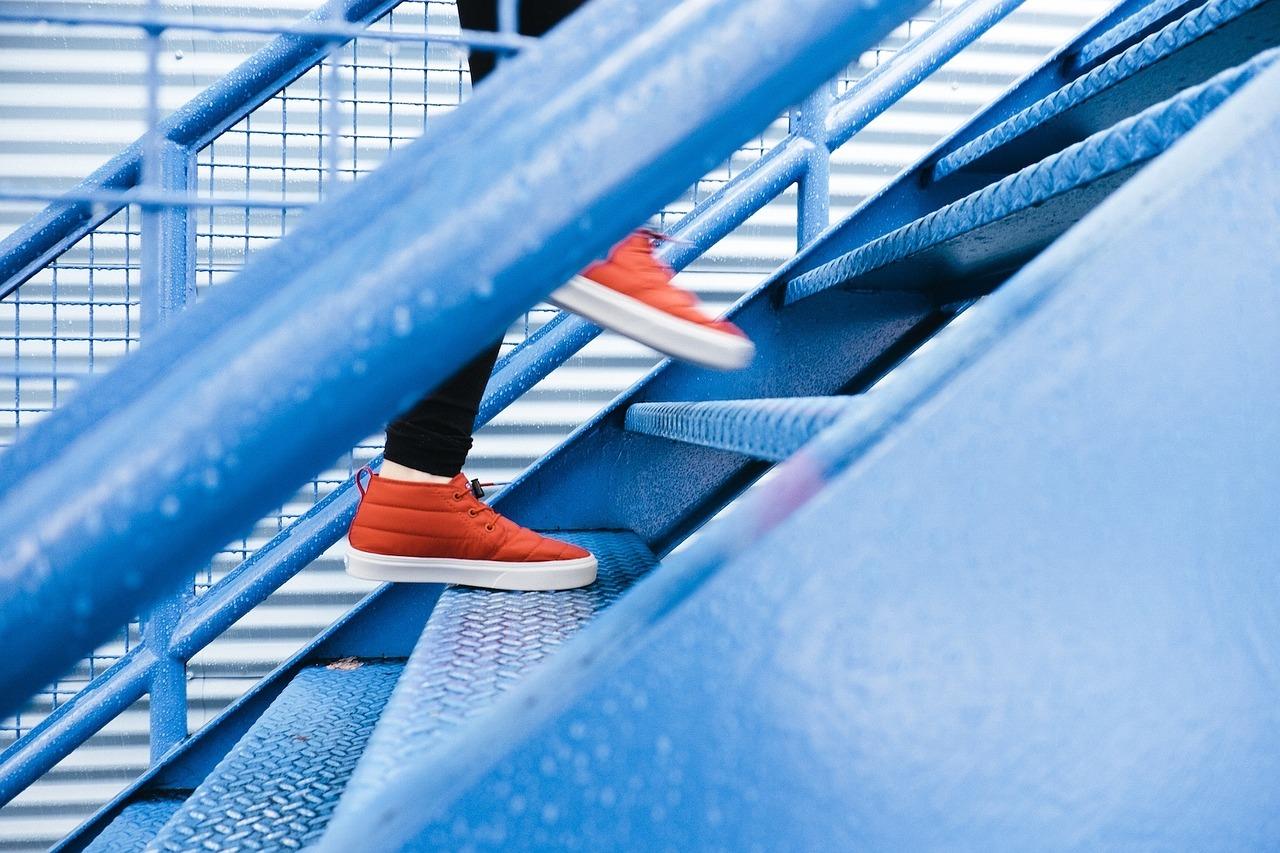 penjanje uz stepenice