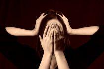 Zašto nas boli glava nakon plakanja?