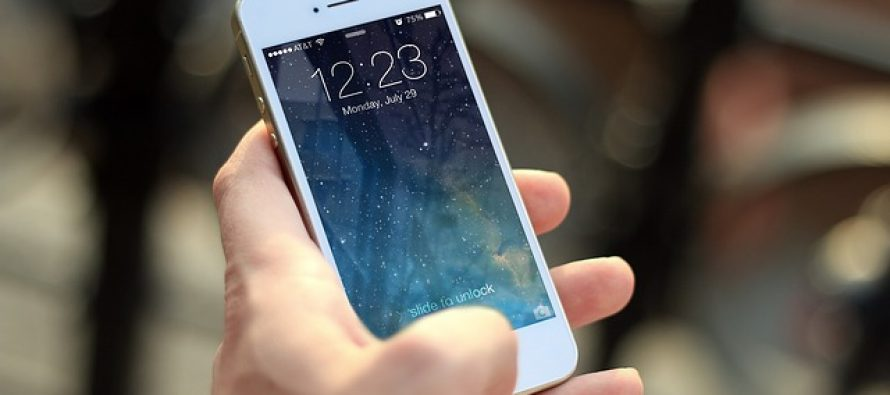 Mobilni telefon ubrzava starenje kože?
