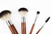 Kako očistiti pribor za šminkanje?