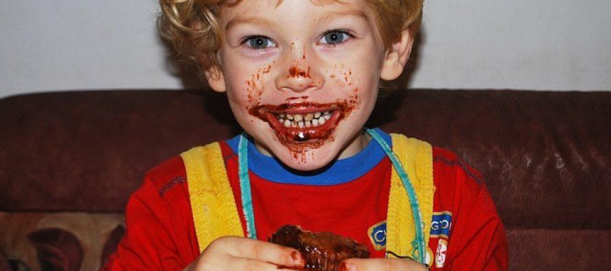 Evo kada će dete pre izabrati da pojede voće umesto slatkiša