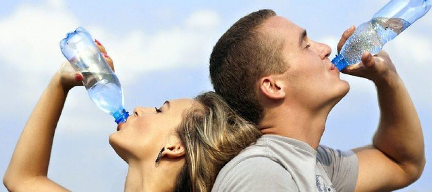Vodu ne treba piti tokom obroka?