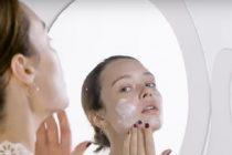 Pogledajte na koje su sve načine dame negovale kožu u proteklih 100 godina