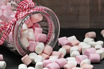 Ovo su znaci da unosite previše šećera u organizam!