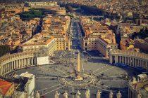 Ko je čovek koji svako jutro otključava Vatikan?