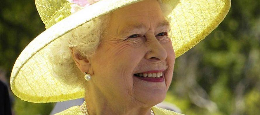 Kraljica Elizabeta objavila rat plastici!