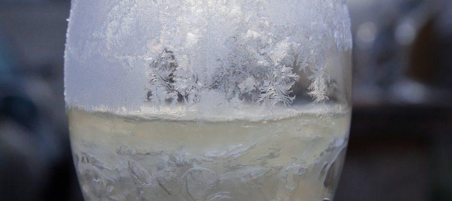 Kako nastaju ledene šare na staklu