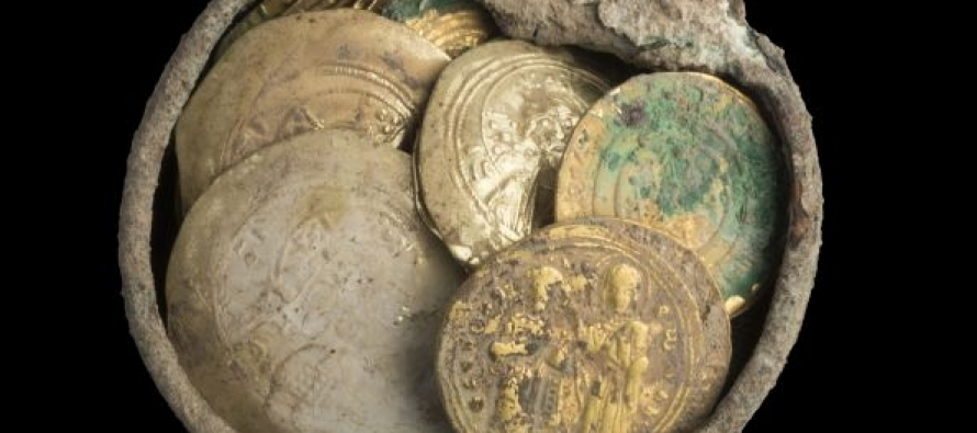 U drevnoj luci otkrivena kolekcija zlatnika!
