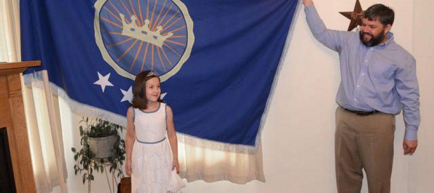 Sedmogodišnja devojčica Emili postala princeza
