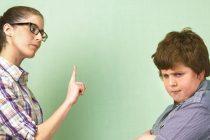 Kako disciplinovati tinejdžera i naučiti ga životnim lekcijama?