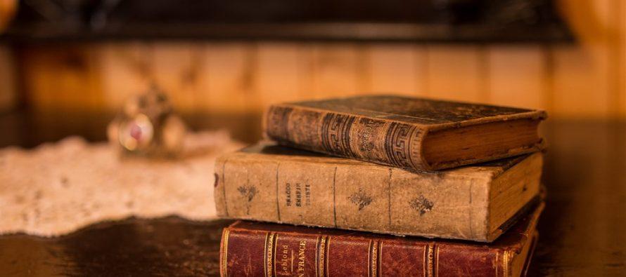 Minijaturne knjige iz fonda Narodne biblioteke Srbije na izložbi