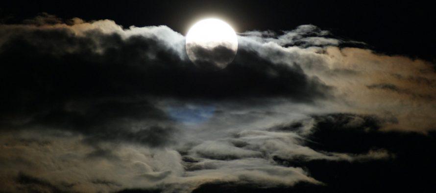 Pomračenje Meseca: Samo bez ishitrenih odluka!