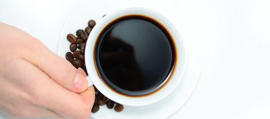 Kafa pred spavanje: Da ili ne?