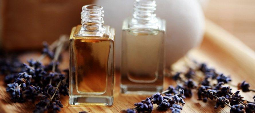 Etarska i bazna ulja za negu suve i osetljive kože