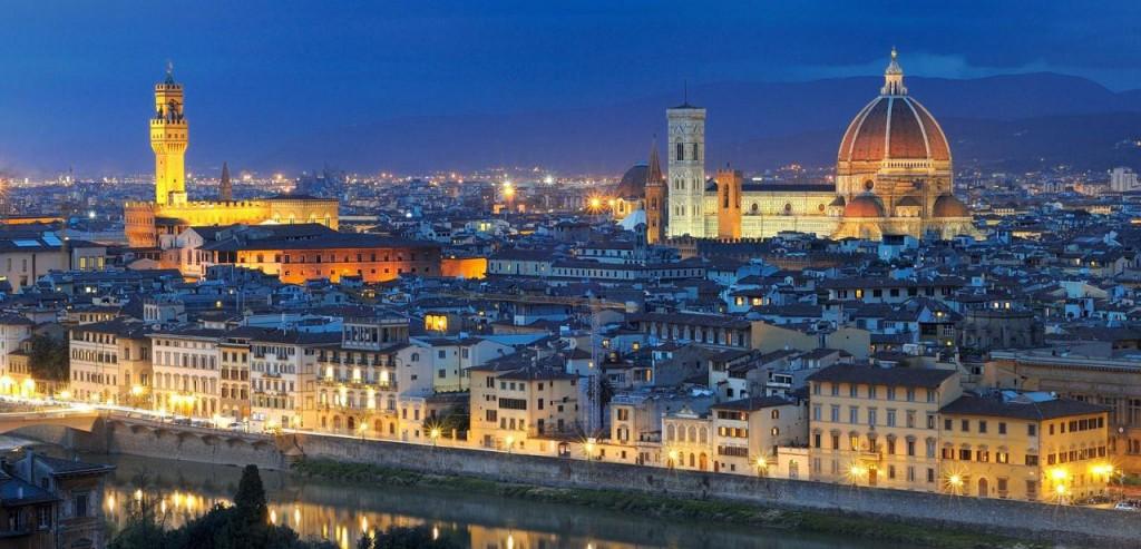 Firenca noću