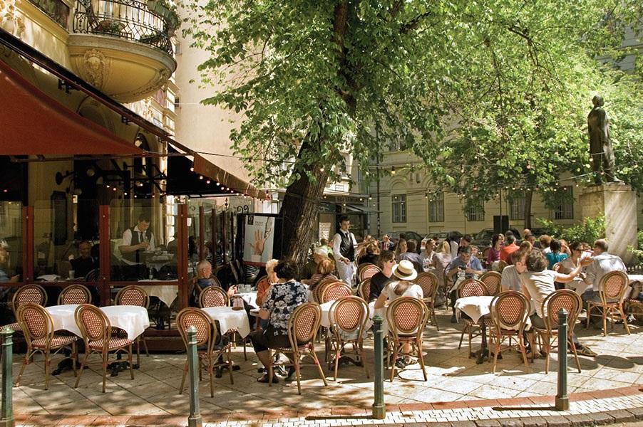 Gerloczy Cafe i Hotel
