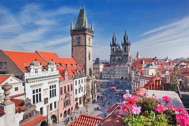 Stari gradski trg i astronomski sat