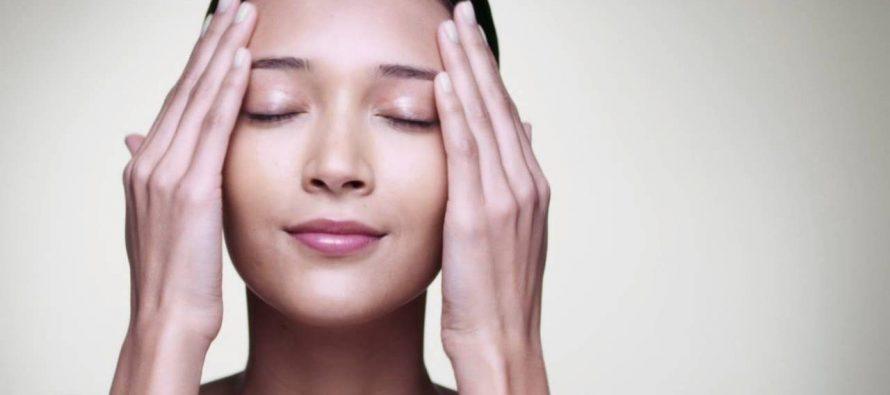 5 grešaka pri nezi lica koja utiču na pojavu bora