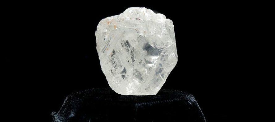 Vašington: Izložen jedan od najvećih nebrušenih dijamanata na svetu