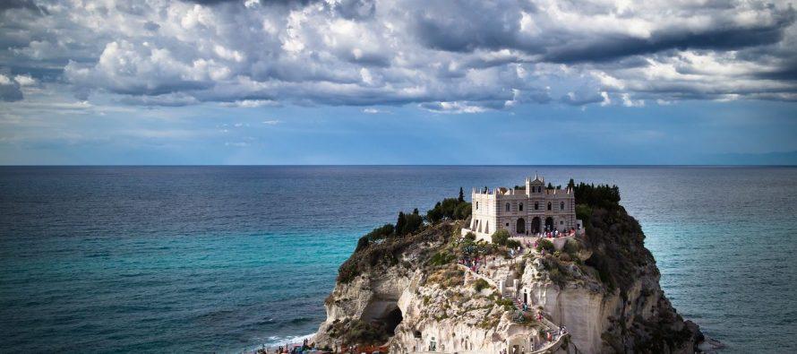Italija: Na poklon 103 zamka