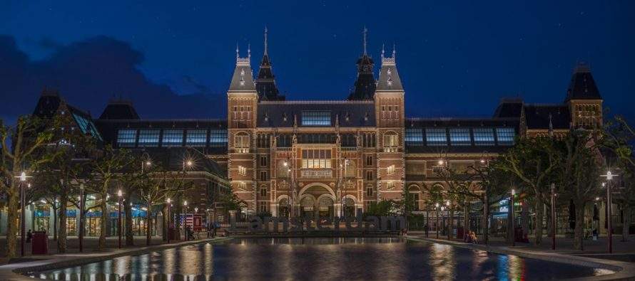 Amsterdam: Kao nagradu dobio noć u muzeju pored jedne slike!