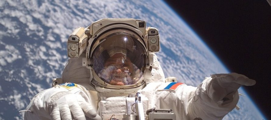 Svemirska moda: Ovako izgleda novo odelo astronauta!