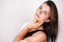 Jednostavni beauty trikovi da izgledate mlađe