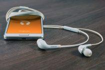 Kako bezbedno očistiti slušalice?