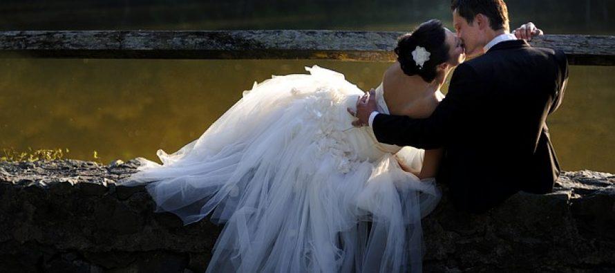 Srpski svadbeni običaji – ubrađivanje mlade