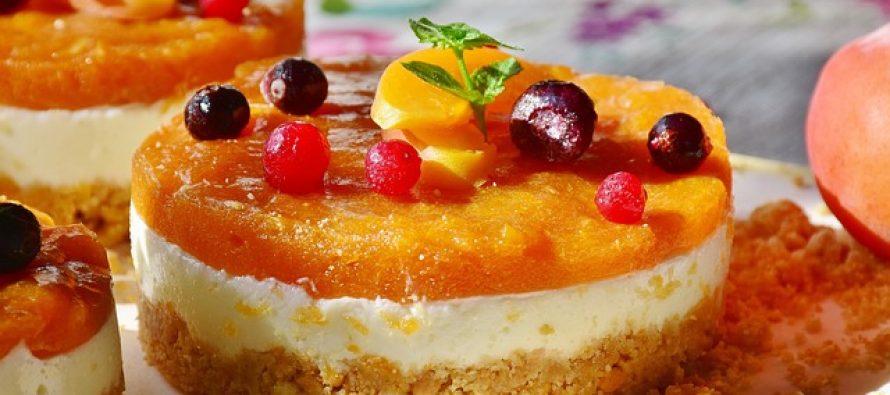 Na britanskim kraljevskim venčanjima uvek se služi samo ova torta!