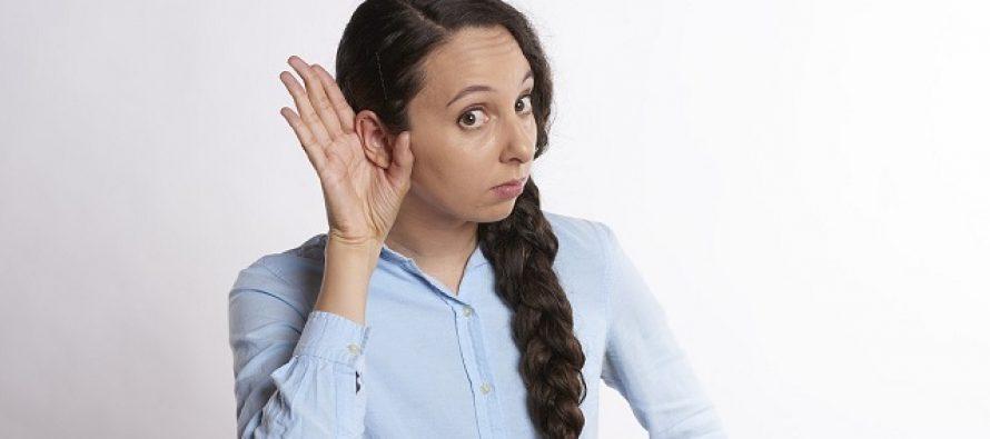Skriveni znakovi da gubite sluh na koje treba da obratite pažnju