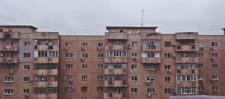 """Koji grad nosi nadimak """"grad visećih kablova""""?"""
