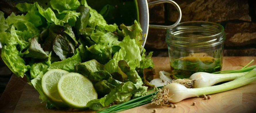 Salata koji čini čuda za digestivni trakt i snižava holesterol