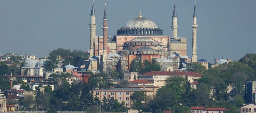 Da li će Aja Sofija ponovo postati džamija?