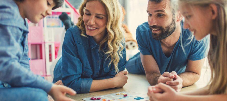 Na koji način prevazići kućnu izolaciju sa porodicom?